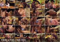 Honey Tonk Hottie - Chad White (2020 | FullHD)