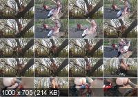 Public Risk Sex In The Forest Near The Road. Real Amateur. - SoSweetyFuck [2020 / FullHD]